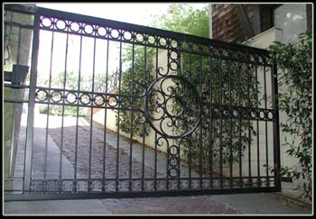 Custom Cantilever Slide Gate